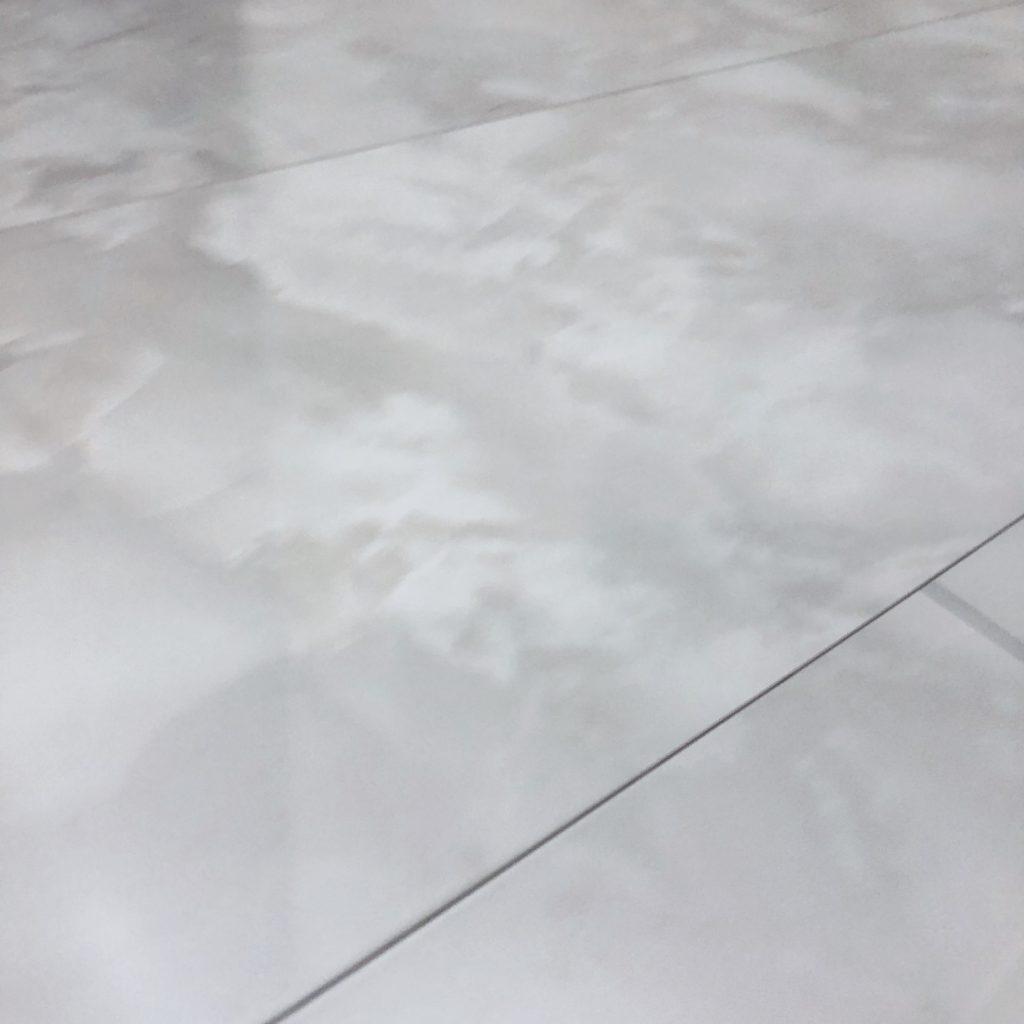 大理石調フローリング・セキスイハイム