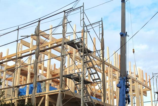 分譲地を購入するメリットとデメリット、工事が続き騒音に悩まされる