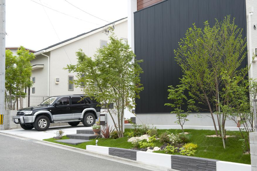 シンボルツリーと植栽